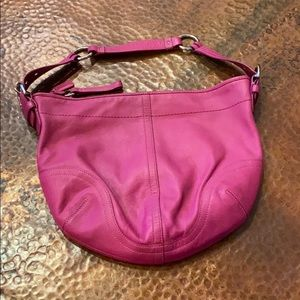 Coach Fuchsia leather hobo shoulder bag- sz med